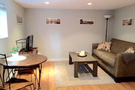 One Bedroom Suite off Funky Main St