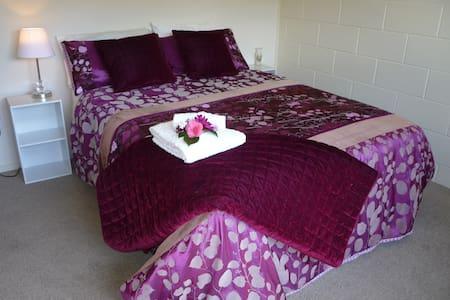 Ruby's Delight in lovely Ruby Bay. - Bed & Breakfast