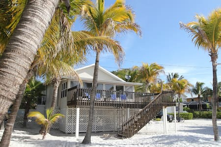 Right On The Beach - Fort Myers Beach - House