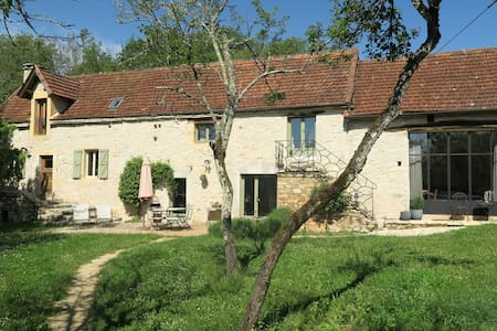 Charmante ancienne maison + piscine - Lugagnac