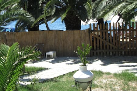Country house in front of the sea - Volos - House
