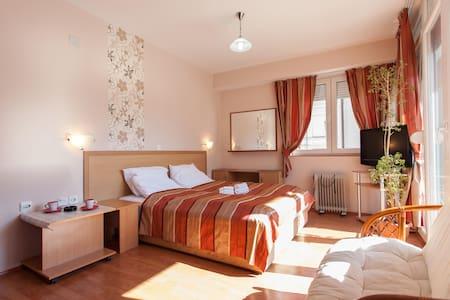 Triple delux apartment Kosta
