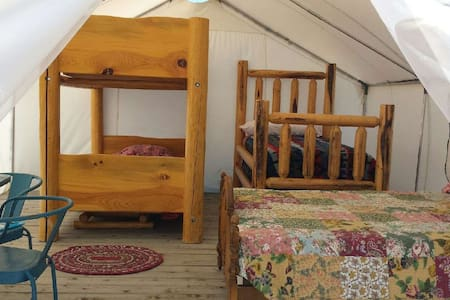 Bunk tent for family or friends - Enterprise
