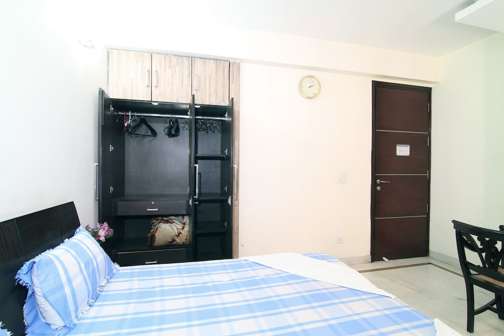 Fully furnised rooms ,attached bath