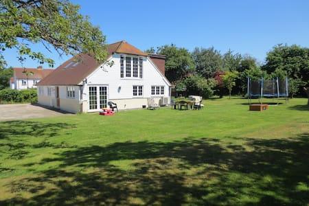 Idyllic House in Canterbury - Kent