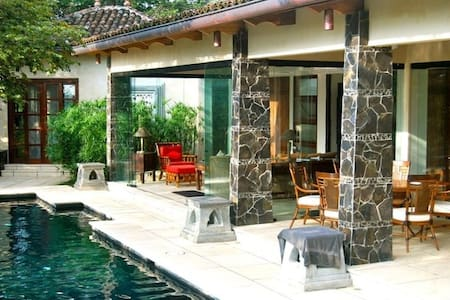 Romantic Nature Escape - Villa