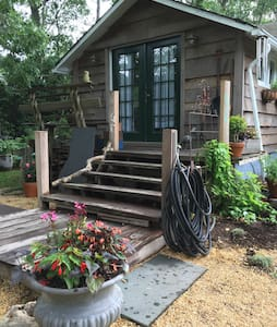 Charming Eco friendly beach house✨ - Wading River - Casa