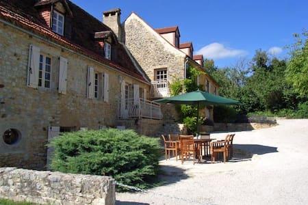 La Grange at Serres, Payrac, France - House