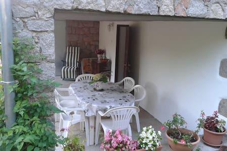 rez de villa entre mer et montagne - Vila