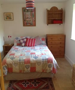 Cosy room in the countryside - Canterbury