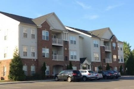Centrally Located.Quiet Community.. - Condominium