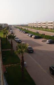 Bel appartement complexe balnėaire - El Jadida - Kondominium