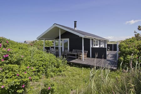 Holiday home with seaview - Hjørring