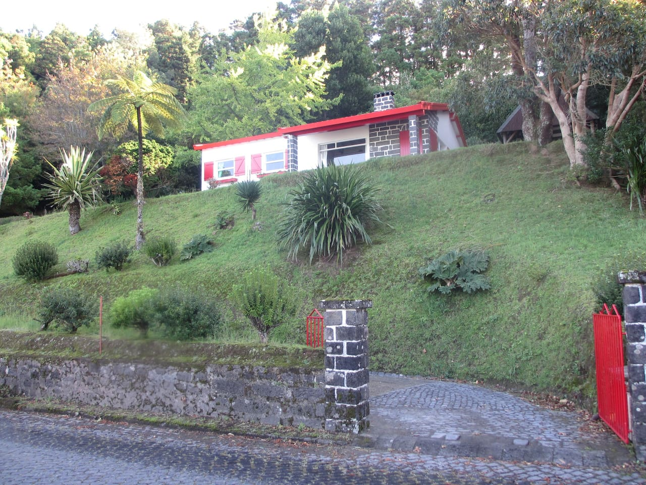 Furnas Lake Cottage