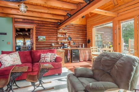 Luxury Log Cabin near Hood River - Huis
