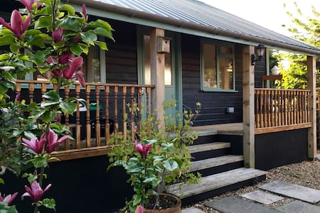 Caban bach, cosy caban close to sea - Saundersfoot - Mökki