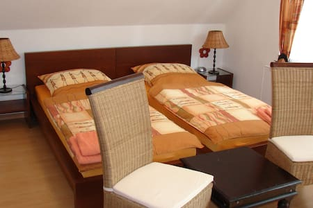 Stadtnahes Doppelzimmer in Niendorf - Hambourg - Bed & Breakfast