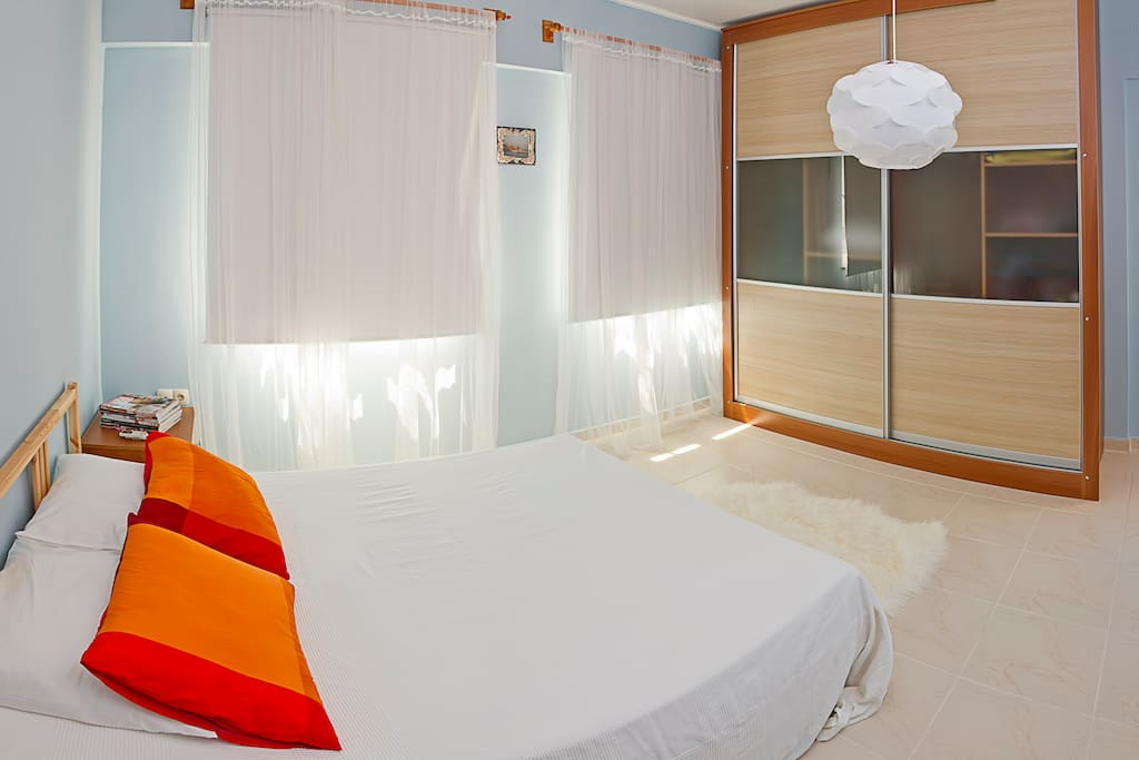 Blue room - double bed