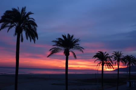 Beach view double room BCN (Castelldefels) - Apartment