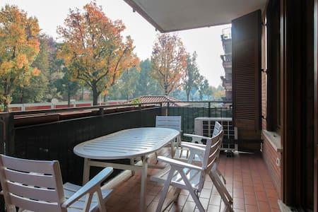 Armonioso bilocale Parco Sud Milano - Lägenhet