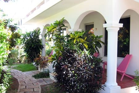 Villas Punta Sur 5 - One Bedroom Apart. upstairs - Isla Mujeres - House