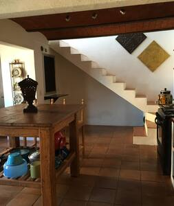 Gorgeous 3 Story Home in Guanajuato