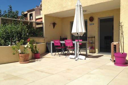 Appartement de 35m2 avec terrasse - Appartement