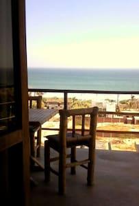 Nice Room stunning ocean view - House