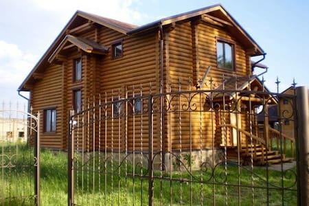 Уютный деревяный дом под Киевом - Dudarkiv - House