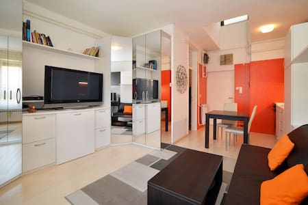 Cosy studio apartment in the center - Apartment