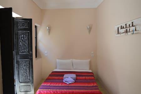 Dar Mirai - Suite room Bsra - House