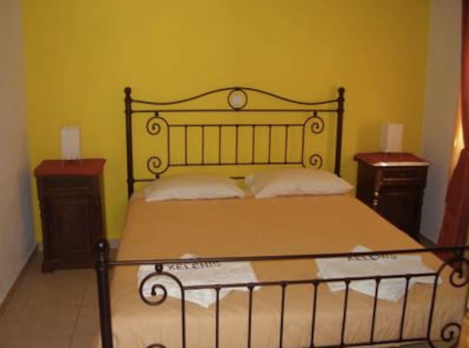 Kelenis Apartments Santorini Offer