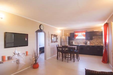 Palm Spring Inn - Oranjestad - Apartment