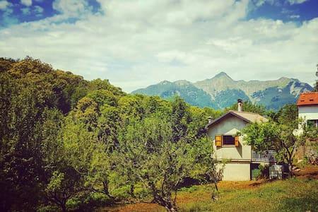 Tuscan Mountain Da Brunello - Rumah