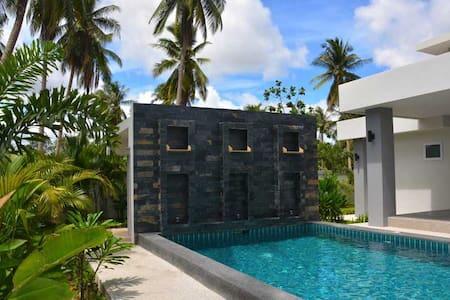 Comfy Riverside Villa in Chonburi - House