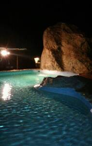 Ranch home in triplex with pool - #2 - Palm Springs - Apartament