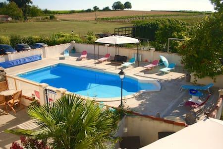 La Cour, 4/5 p, piscine chauffée - Fléac-sur-Seugne
