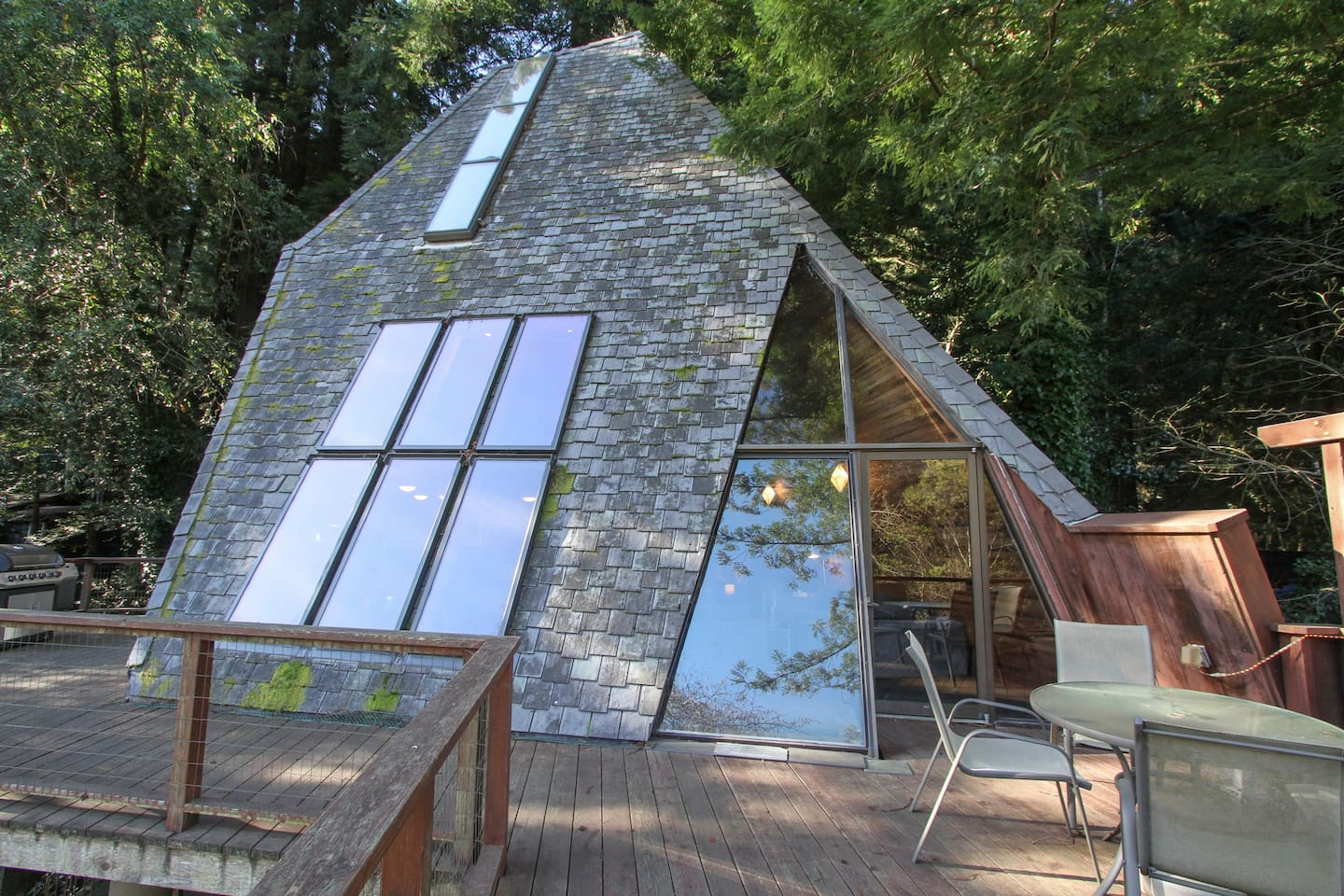 Pyramid House, an architectural delight!