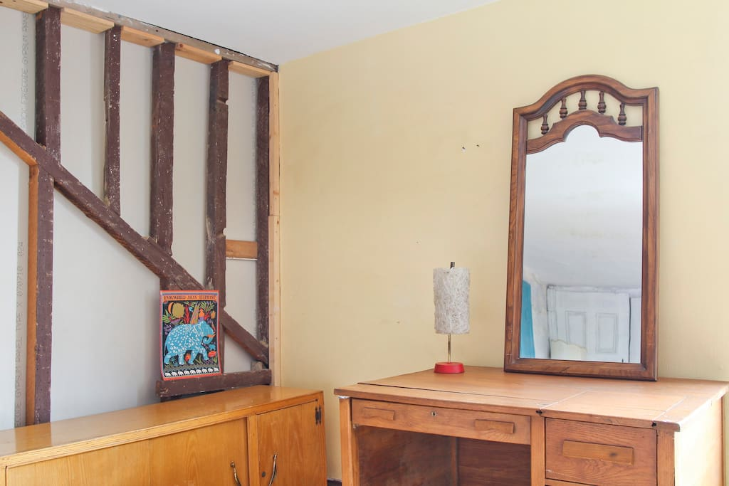 Sainte-Catherine St. downtown room