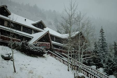 Condo at Heidelberg Inn, June Lake - June Lake - Apartment