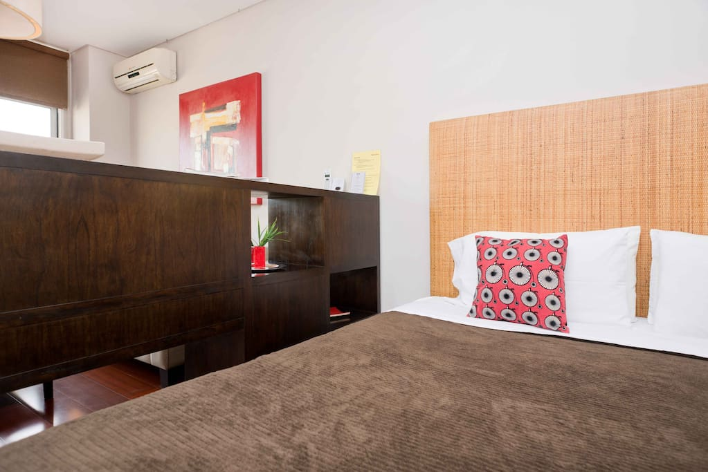 ROJO studio apartment in Recoleta