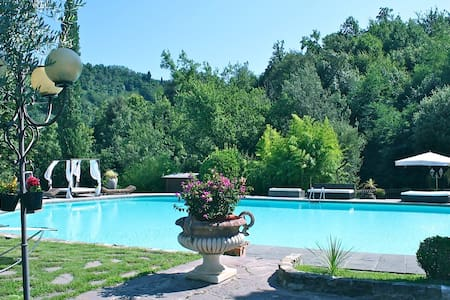 Luxury Villa near Florence - Carmignano