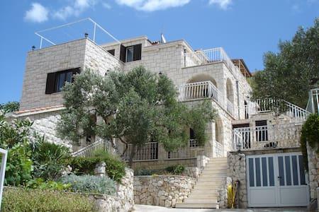 Villa Bettina 2+2 Apartment - Vinišće