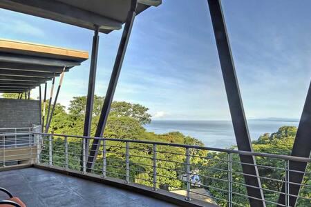 Penthouse Pelicano Resort Luxury