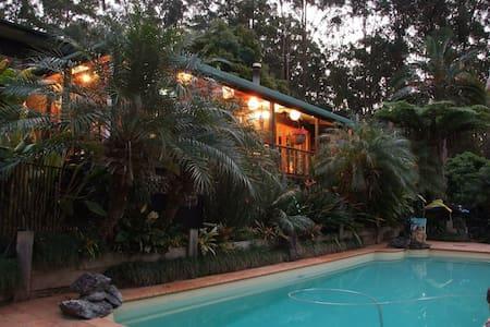 Yarralen Retreat 40acre paradise 3 - Yarrahapinni - Ev