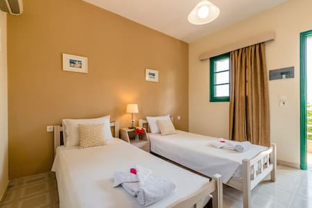 Twin Beds 50m from Stegna beach! - Stegna - Other