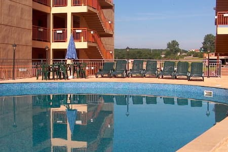 Apartment for rent in Sinemorets - 2 bedrooms - Daire