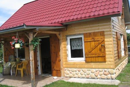 Summer house with big garden - Hus