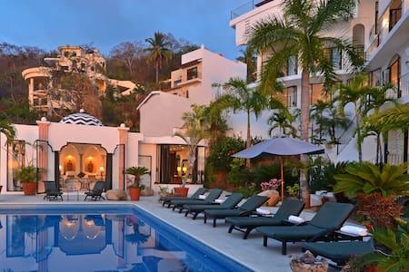 Casa Valerie - Vacation like a Rock Star! - Mismaloya - Villa