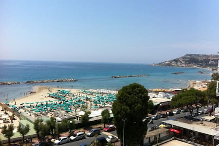 Fabulous View on Mediterranean! - Wohnung